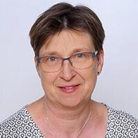 Dr. Claudia Seeling